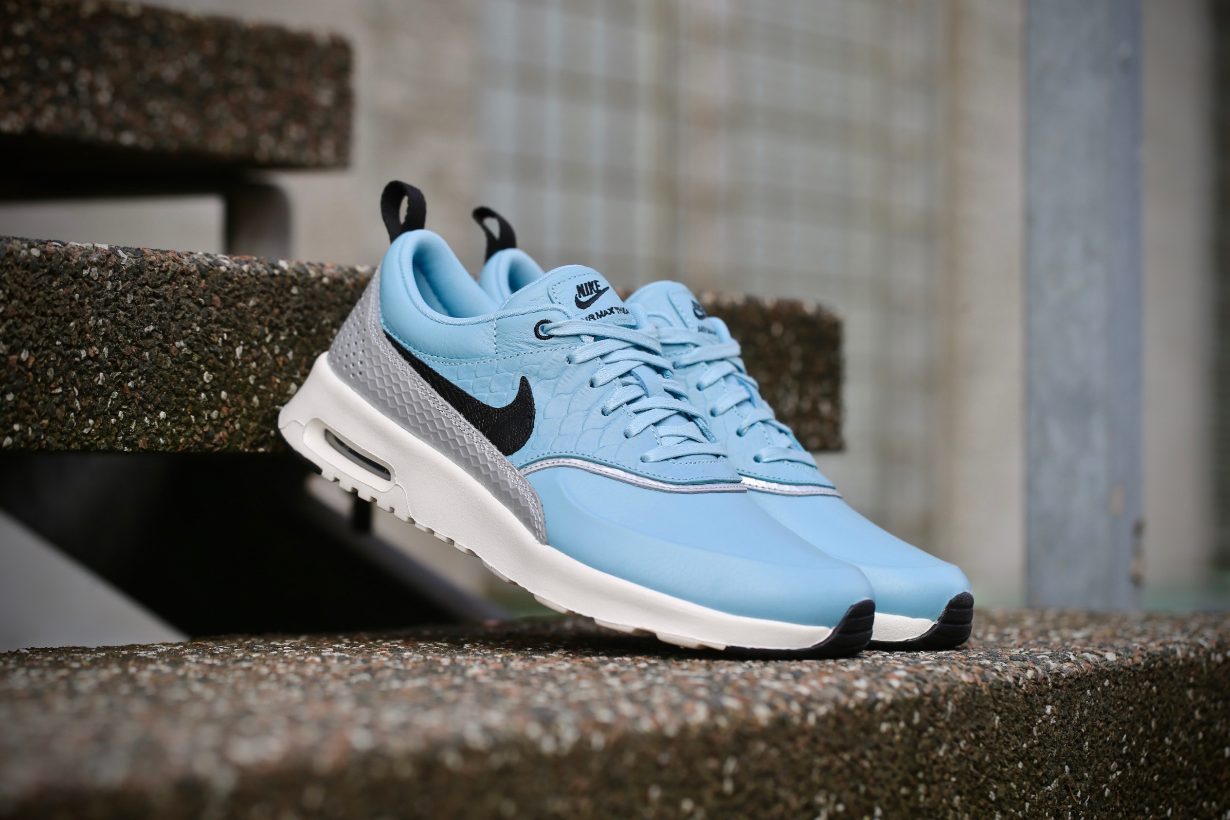pretty cool various design differently Nike Wmns Air Max Thea LX - Mica Blue / Metallic Silver / Ivory / Black