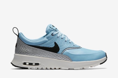 air-max-thea-lx-shoe