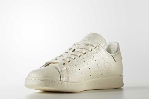 22104_stan-smith-shoes_04_l