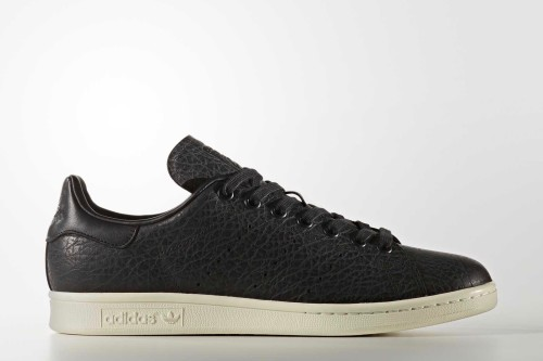 22105_stan-smith-shoes_01