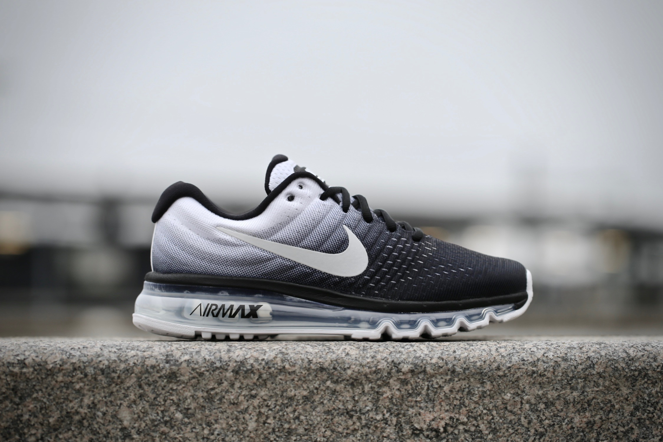 air max 2017 black and white