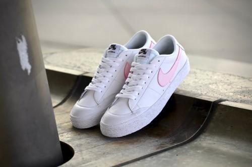 Nike SB Blazer Zoom Low Xt WhitePrism PinkBlackWhite