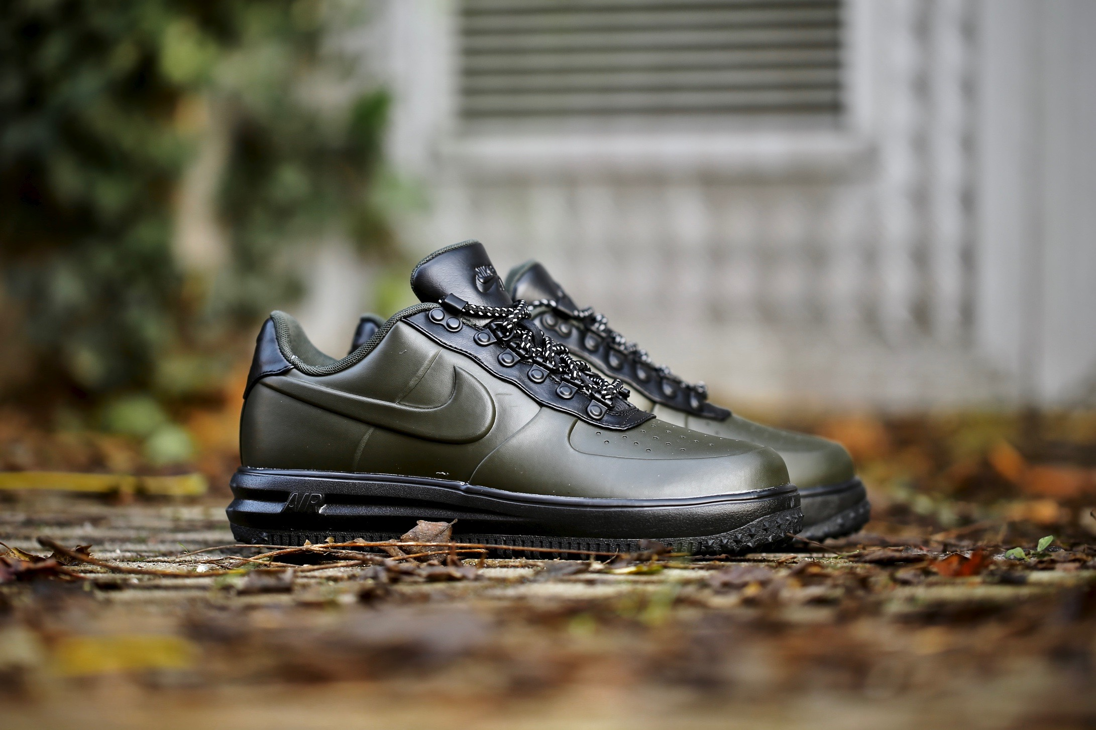 low priced c9279 fd5ce Nike Lunar Force 1 Duckboot Low – Seqouia   Black – STASP