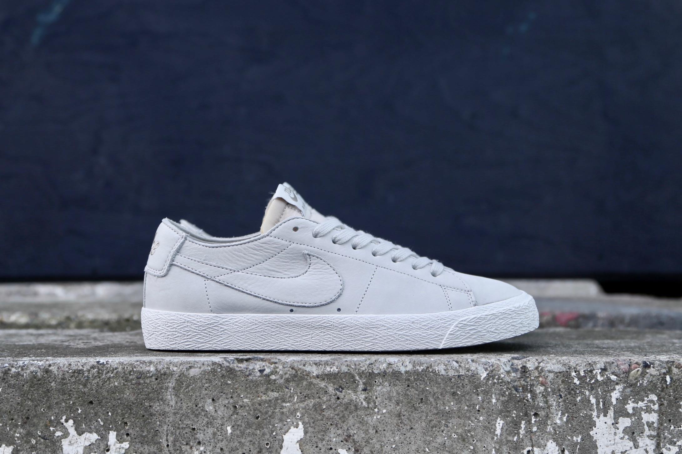 san francisco 4eca1 b5ca3 Nike SB Zoom Blazer Low Decon – Light Bone   Khaki – STASP