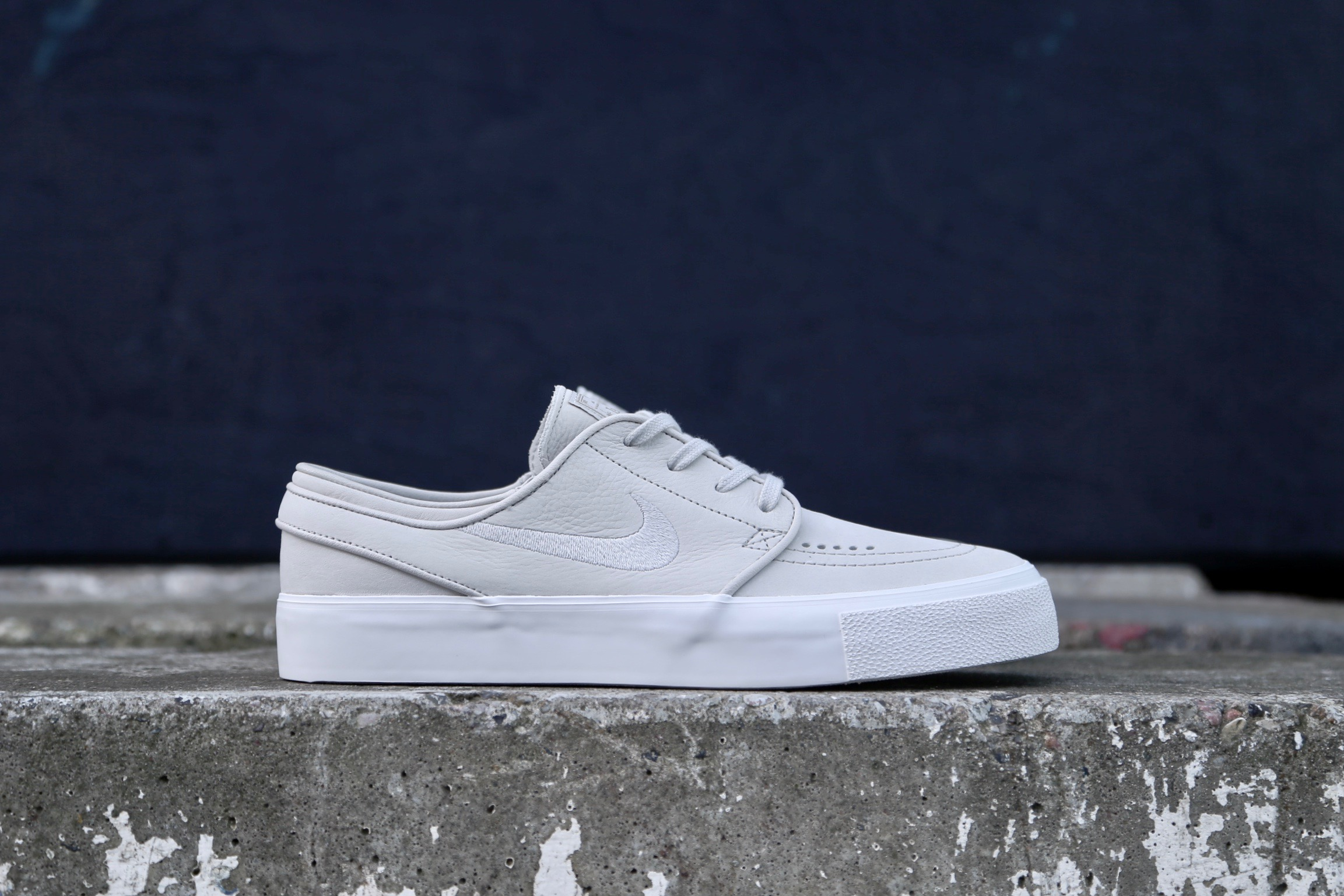 Nike SB Stefan Janoski HT Decon Light Bone Summit White Khaki