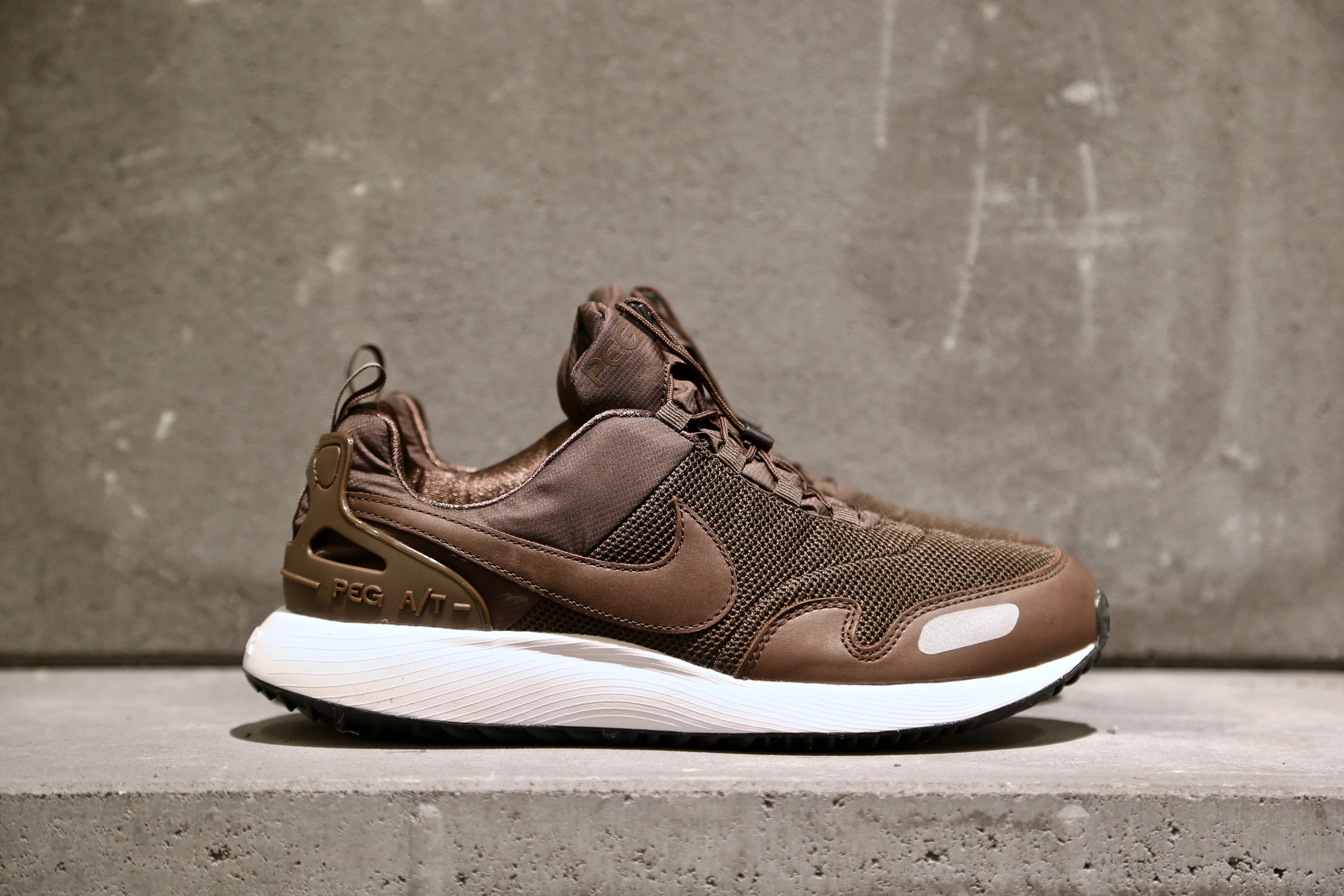 Nike Air Pegasus A T PRM – Baroque Brown   Black   White – STASP c455e9e75bf1