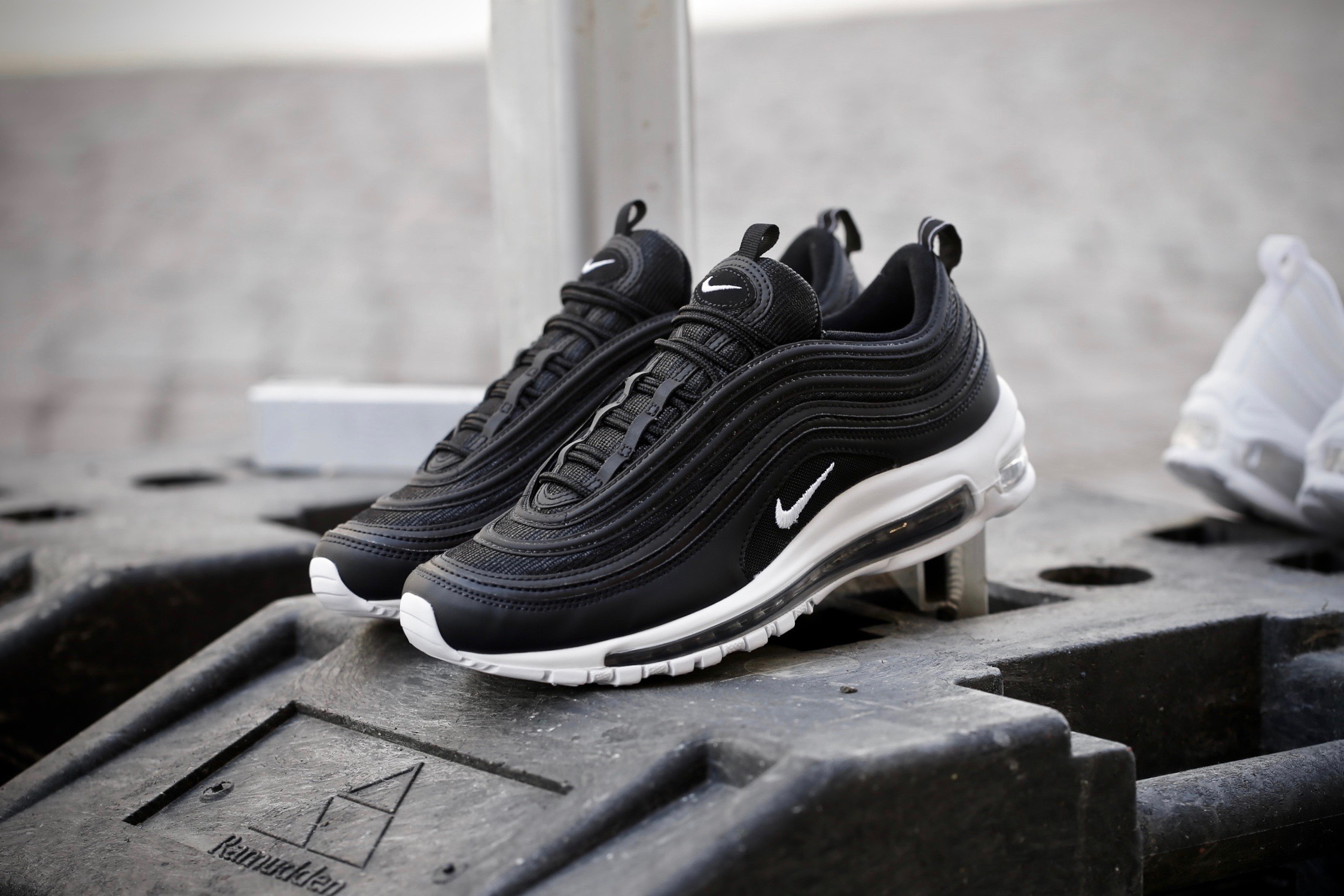 new arrival c570d b08af nike air max 97 black and white