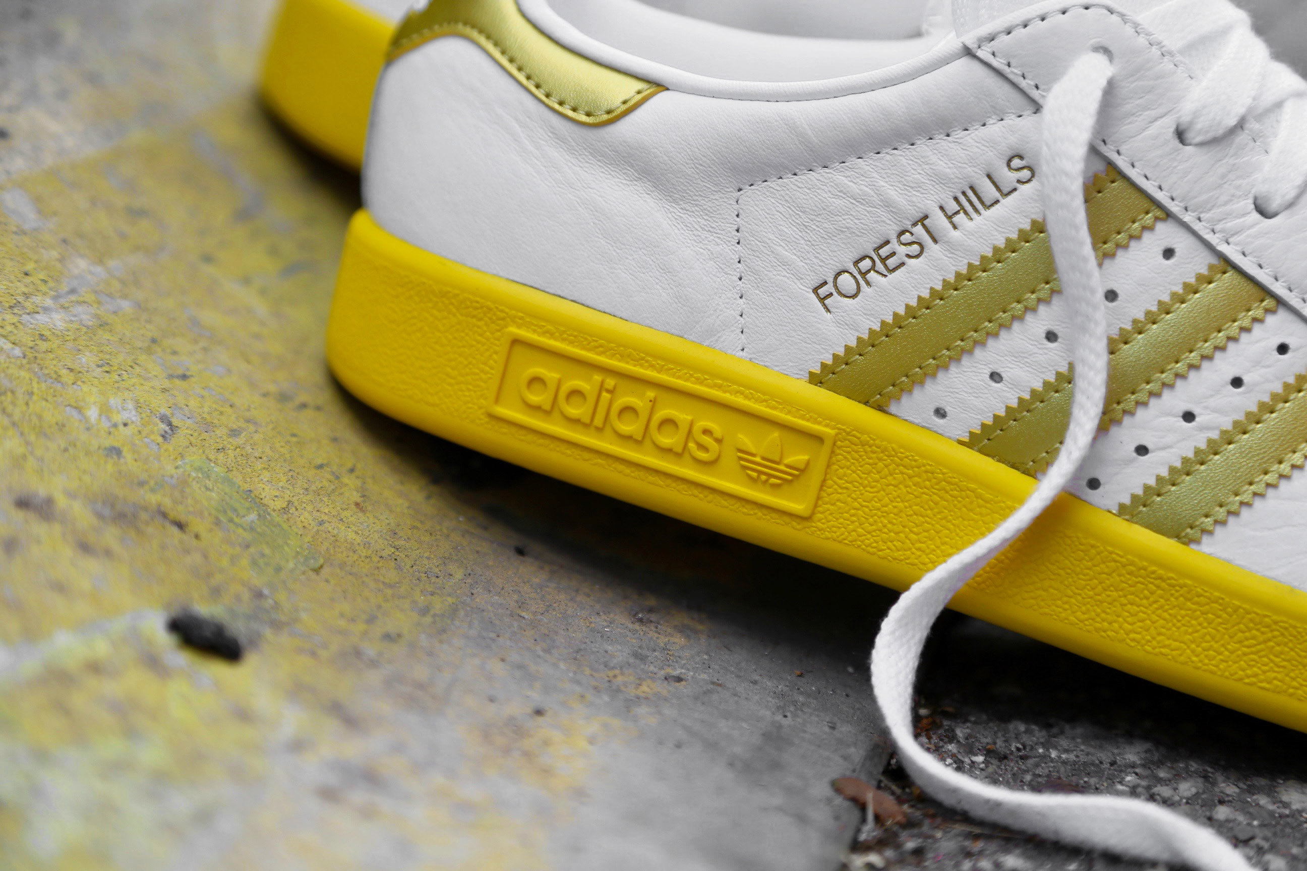adidas Originals Forest Hills Ftwr White Gold Metallic EQT Yellow