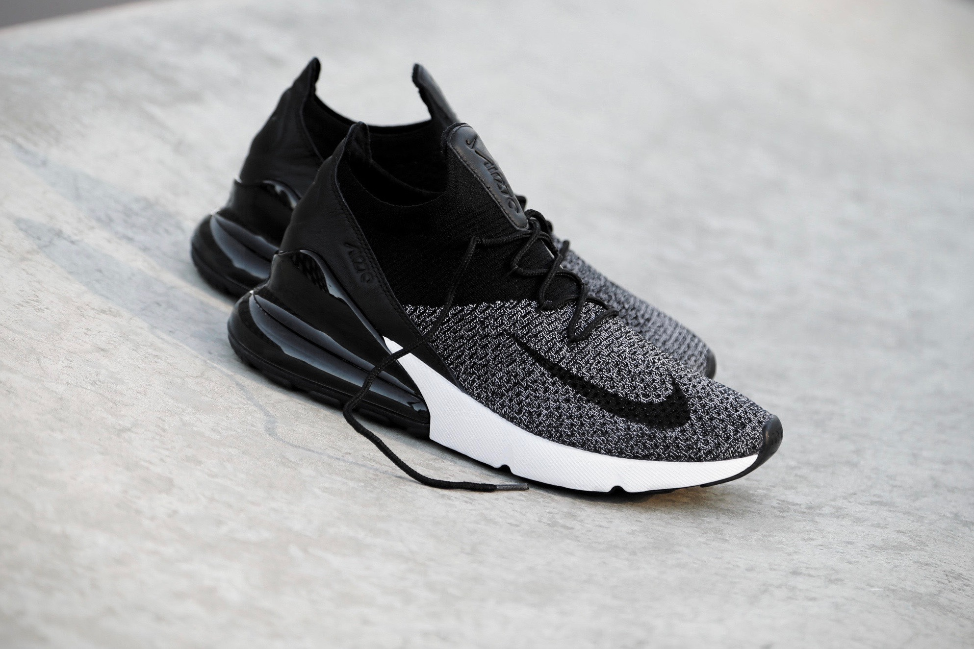 Nike Air Max 270 Flyknit – Black / White – STASP