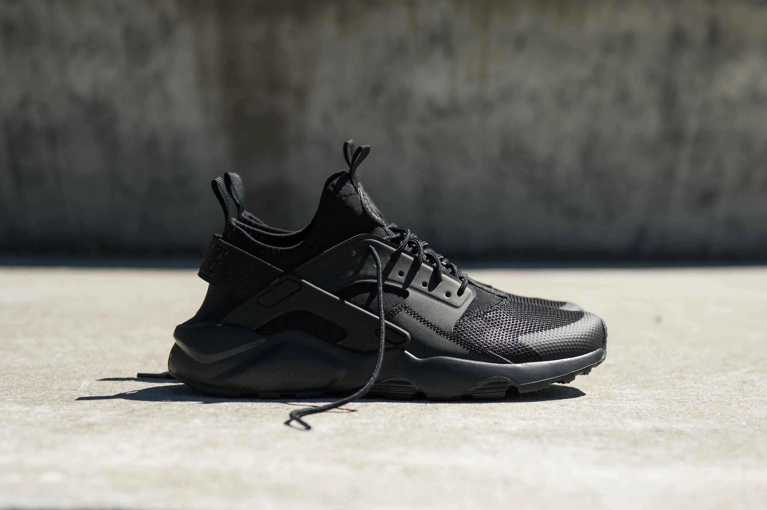 competitive price 1e5b6 a5462 Nike Air Huarache Run Ultra - Black / Black / Black