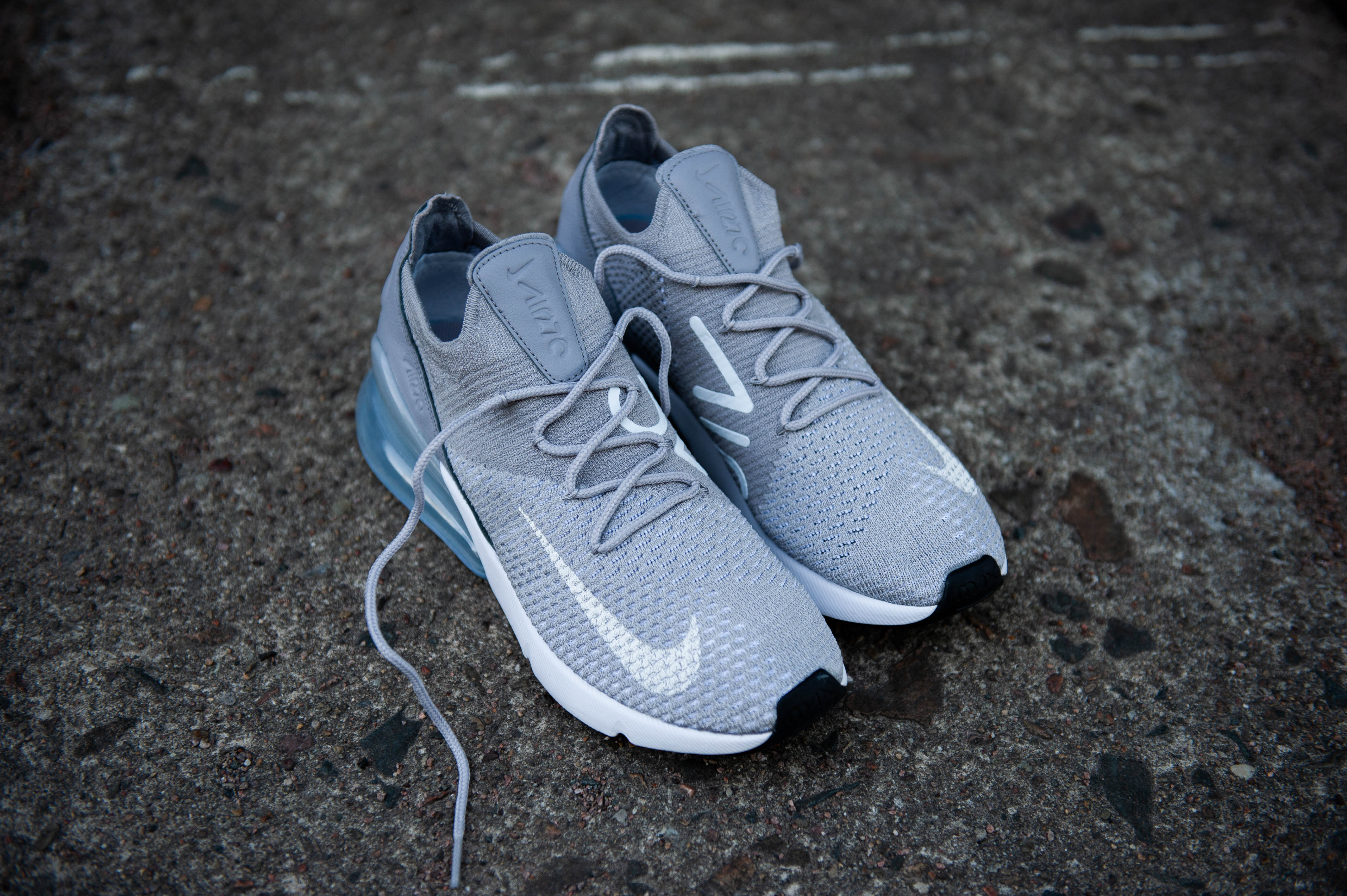 Nike W Air Max 270 Flyknit Atmosphere Grey Pure Platinum