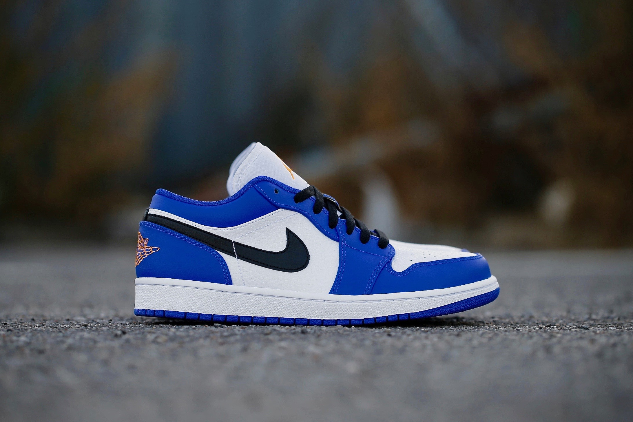 4f5fec258c585a Air Jordan 1 Low – Hyper Royal   Black   Orange Peel – STASP
