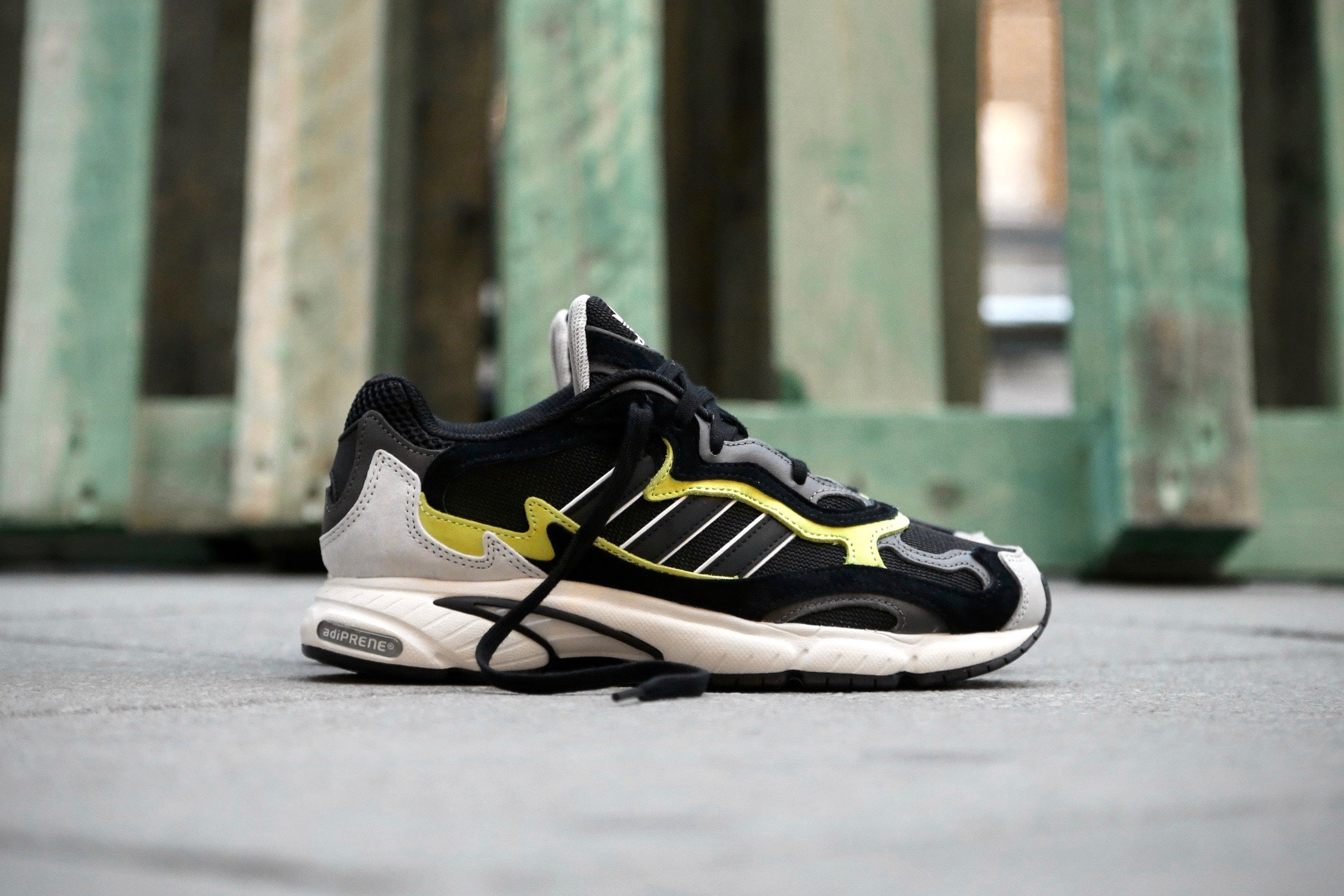 c2c0e598872 adidas Originals Temper Run – Core Black   Glow – STASP