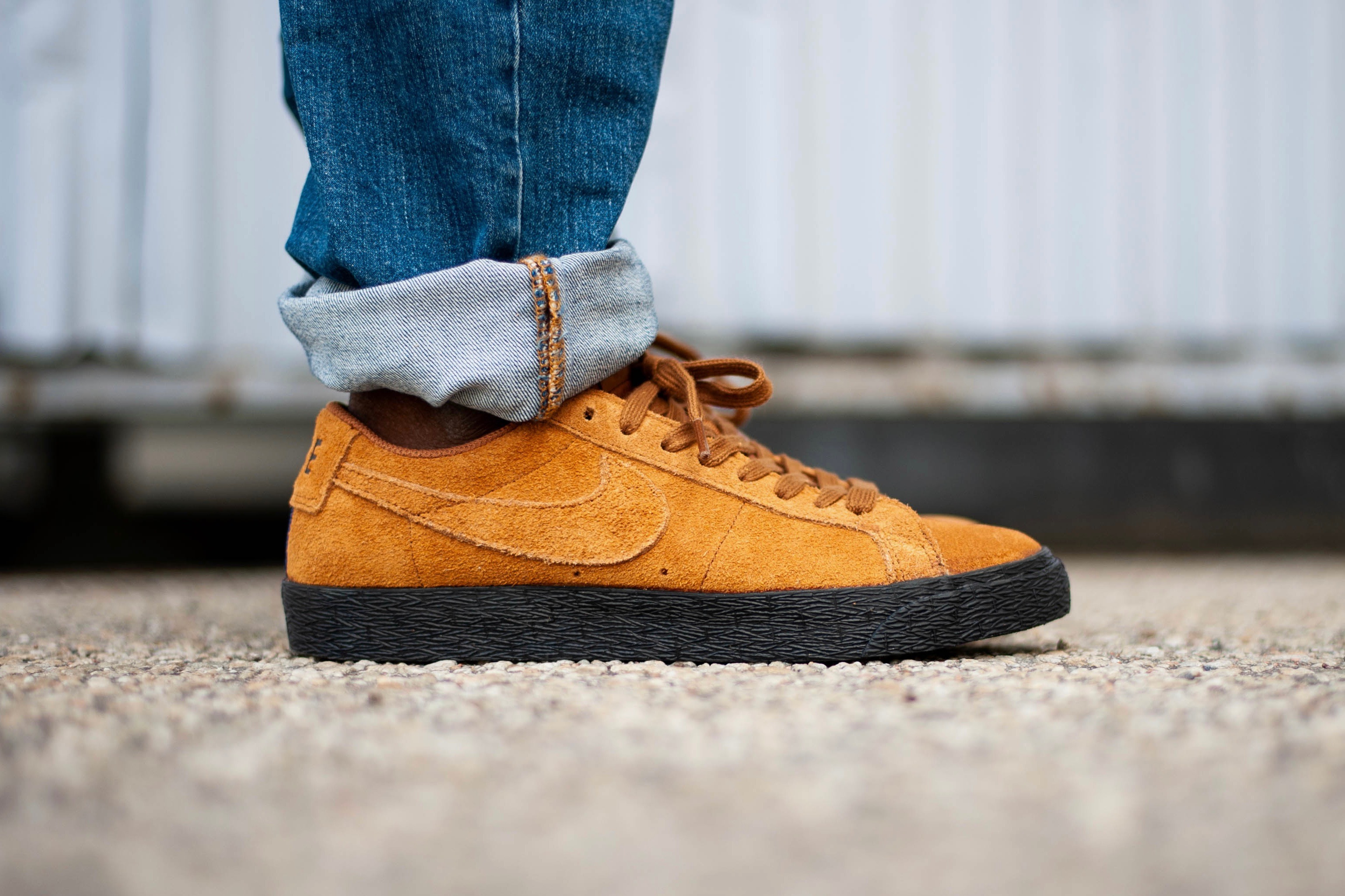 on sale 5f2f6 49ddd Nike SB Zoom Blazer Low - Light British Tan / Black