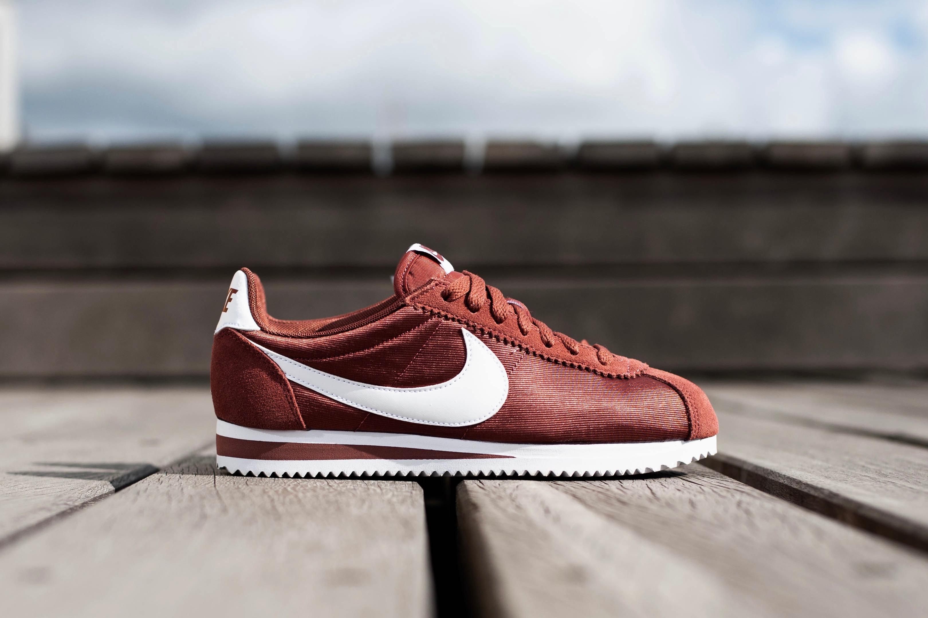Nike W Classic Cortez Nylon – Red Sepia   White – STASP 8a514523a2e