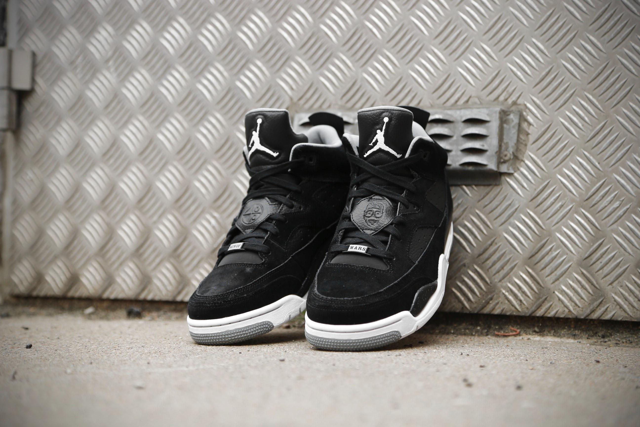 schwarz – Low Mars Of Son Jordan Marke Weiß grau Iron