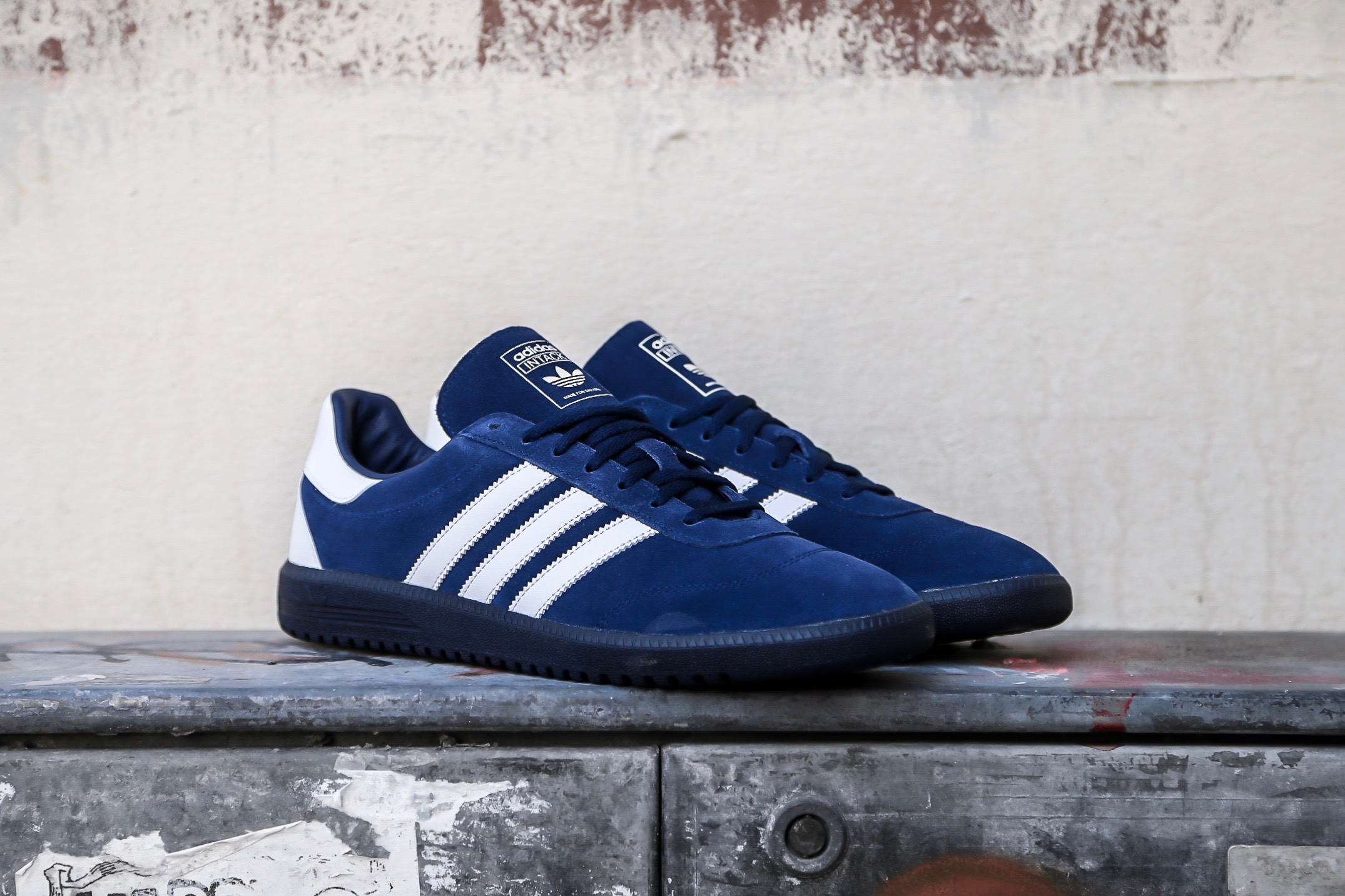 new products f837f a3084 adidas Originals Intack SPZL – Indigo   White – STASP