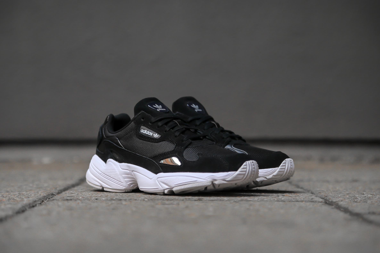 adidas Originals Falcon W – Core Black