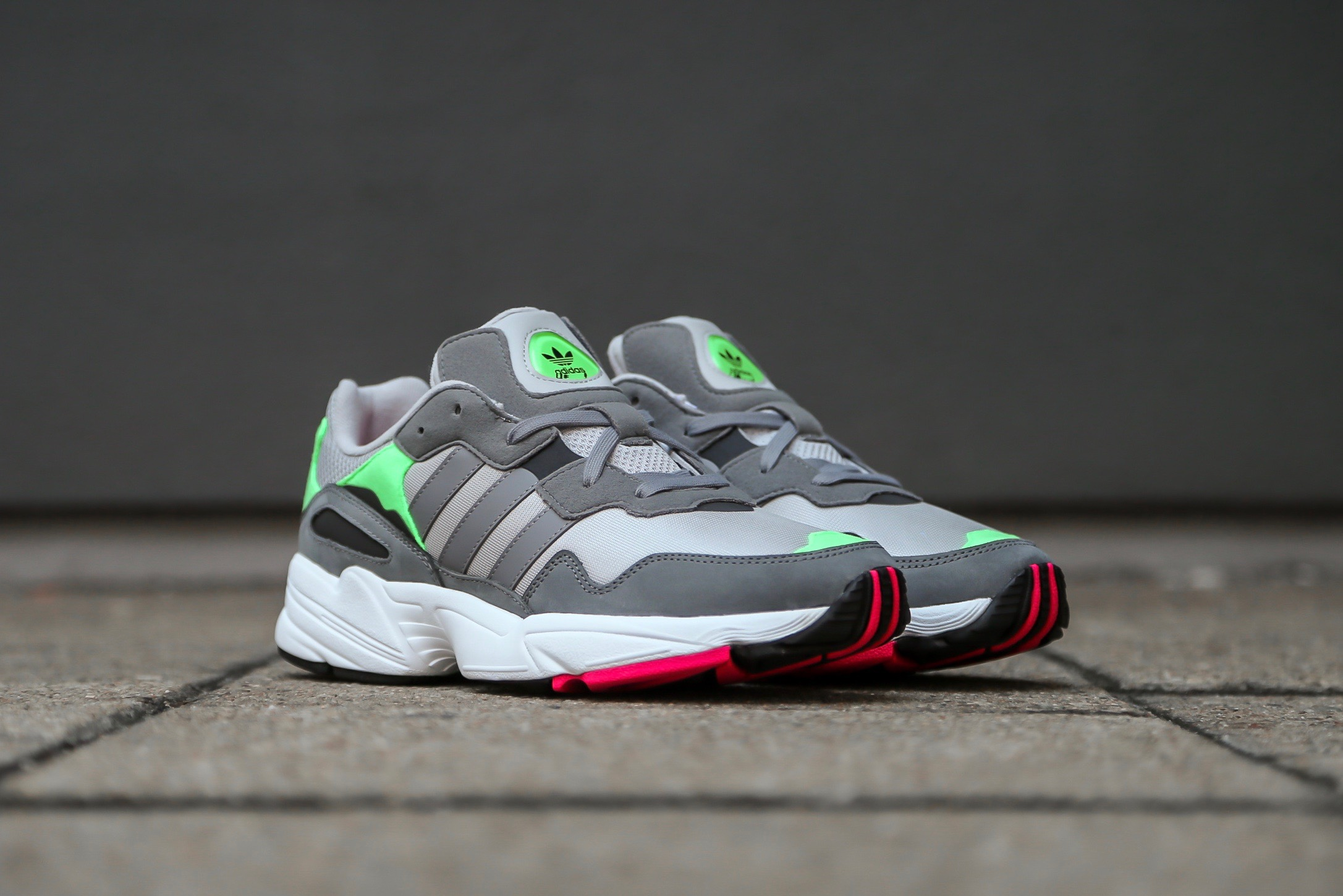 280205bbeb55ce adidas Originals Yung-96 – Grey   Shock Pink – STASP