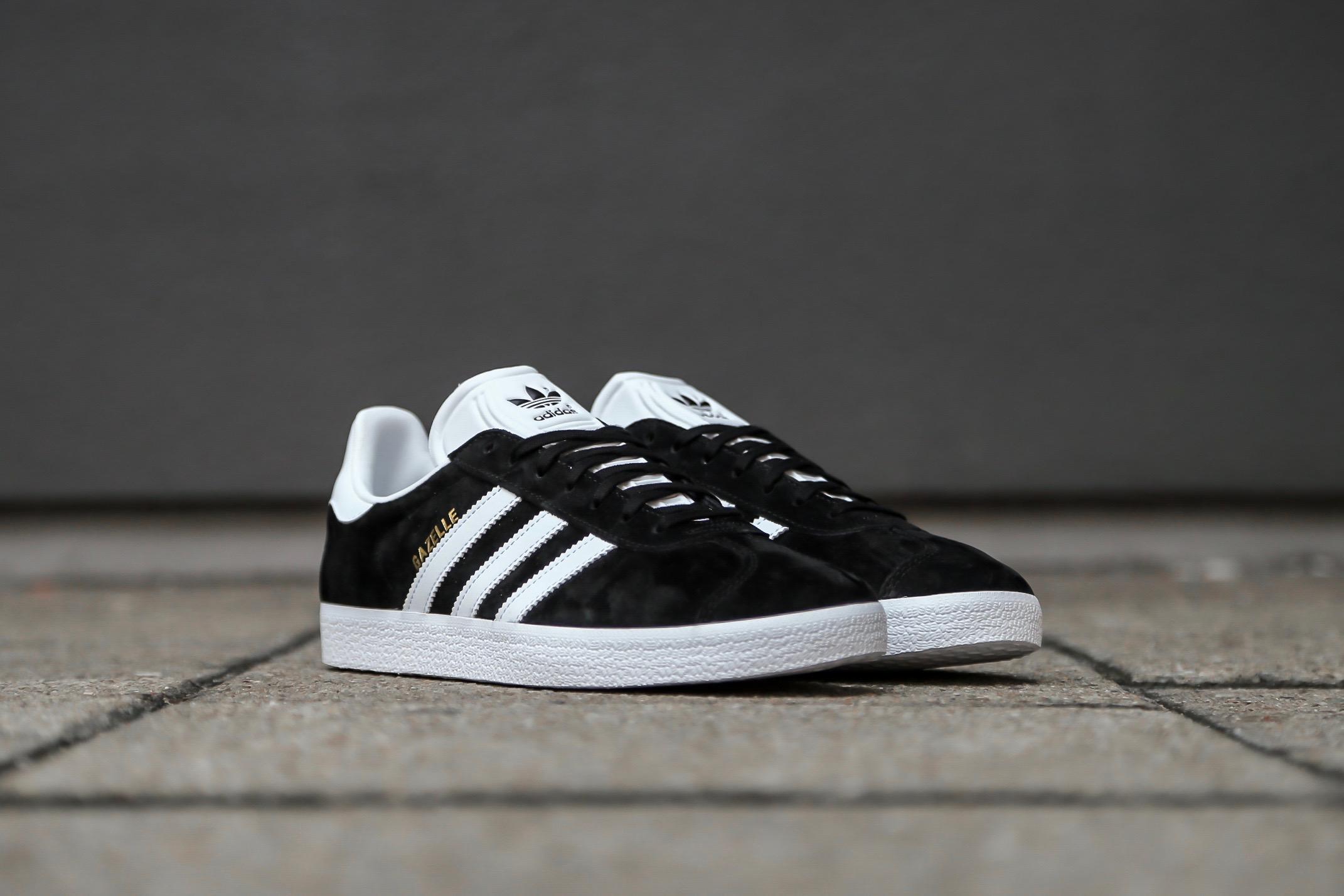 2a3802c6d40 adidas Originals Gazelle – Core Black   Ftwr White   Clear Granite ...