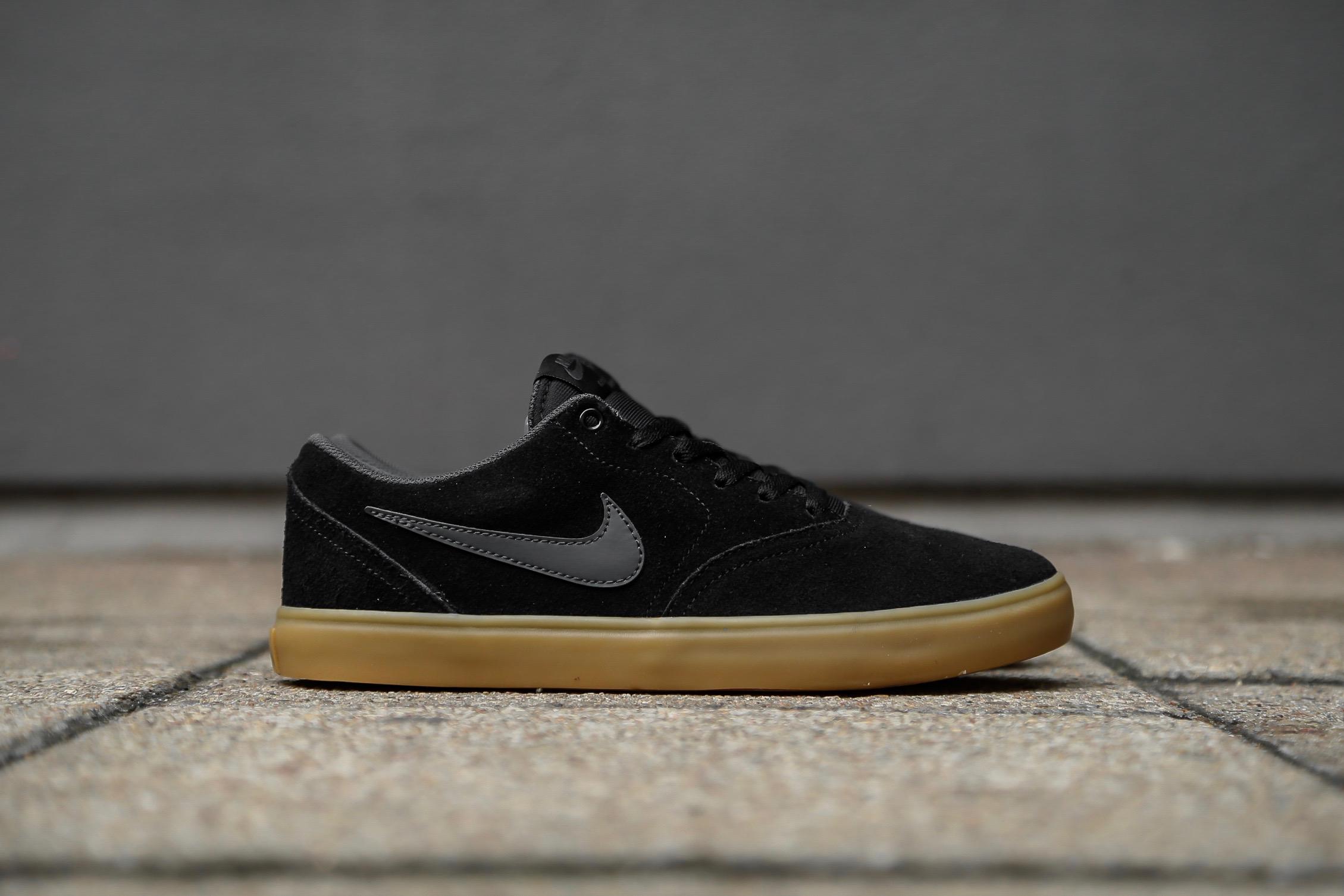 Nike SB Check Solar – Black