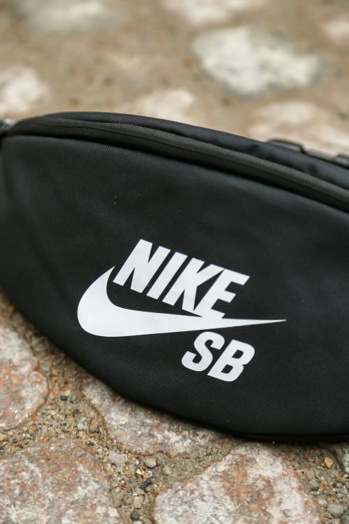 B60P5601